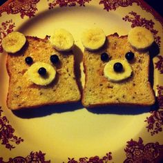 We're going on a bear hunt! How cute and simple- we could make this with an apple circle slice instead of toast for our family. Bear Theme, Jungle Theme, Nursery Activities, Preschool Activities, Early Years Teaching, Eyfs, Food Presentation, Kids Meals, Yummy Treats