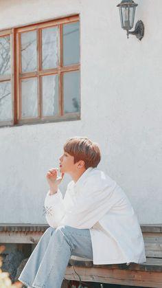 ask is closed Kim Minseok Exo, Baekhyun Chanyeol, Exo Ot12, Park Chanyeol, Lockscreen Couple, Exo Lockscreen, Exo Wallpaper Hd, Velvet Wallpaper, Kai