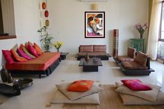 › Living room sofas and couches. Colorful Indian Homes. Should you like that living room seating ideas, enjoy even more on my website. Colorful Indian Homes. Deco Bobo Chic, Deco Boheme Chic, Home Decor Bedroom, Interior Design Living Room, Living Room Designs, Hall Interior, Theme Bedrooms, Bedroom Furniture, Ethnic Home Decor