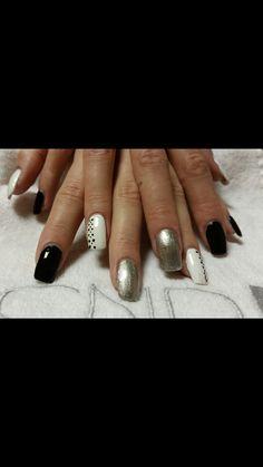 cnd acrylic nails with shellac polish