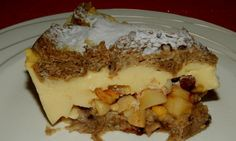 Žemlovka s pudinkem | NejRecept.cz Summer Recipes, Sweet Recipes, French Toast, Cheesecake, Pudding, Treats, Breakfast, Autumn Summer, Cakes