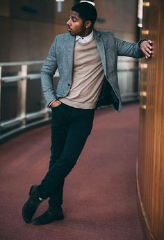 Street style tendance : BLACK FASHION  Brandon 20 MD  Shirt/Sweater: H&M || Blazer: