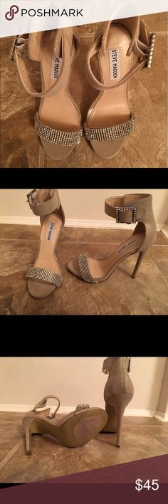 Ladies heels Champagne color heels with rhinestones Steve Madden Shoes Heels