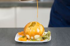 http://sallys-blog.de/rezepte/schokoladenball-dessert/