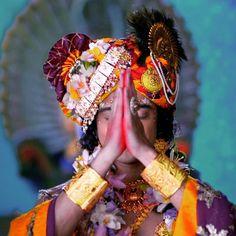 Radha Krishna Holi, Radha Krishna Pictures, Radha Rani, Krishna Photos, Krishna Art, Lord Krishna, Radhe Krishna Wallpapers, Cute Krishna, Laddu Gopal