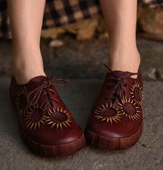 NEW!! Artmu Vintage Handmade Red Flower Lacing Cowhide Single Women Flats Shoes Comfortable Flat Casual Shoes Women Shoes
