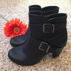 "Brand New! Madden Girl Panzerr Casual Boot Brand new, never worn!! Faux leather look. Black. Straps & buckles with zipper entry. Approx 3.5"" heel. Size 8.5. Madden Girl Shoes Ankle Boots & Booties"