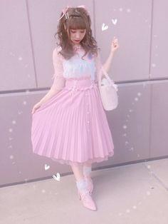 New post on pink-sushii Harajuku Fashion, Kawaii Fashion, Cute Fashion, Style Fashion, Japanese Outfits, Japanese Fashion, Japanese Style, Dolly Fashion, Lolita Fashion
