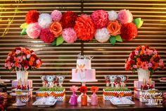 painel com flores de papel casamento - Pesquisa Google