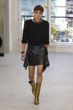 Paris Fashion Week: Louis Vuitton SS17