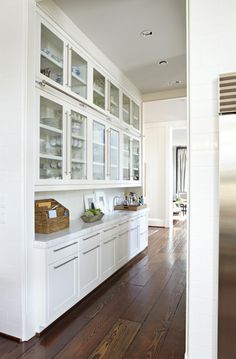 Rocky Mountain Hardware. Paint Benjamin Moore Dove White. Marble.  Sightline from Kitchen.