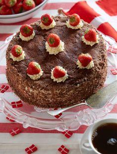 Jordbær-chokoladelagkage