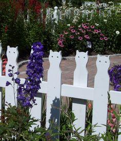 Coastal Maine Botanical Gardens - cat fence in the Children's Garden