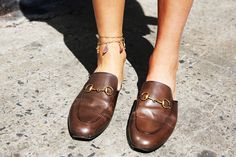 Ankle-Bracelet-Gucci-Loafers-Leandra-Medine-Man-Repeller---5