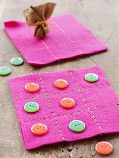 Simple Craft Projects for Kids: Tic-Tac-Toe Mat (via Parents.com)