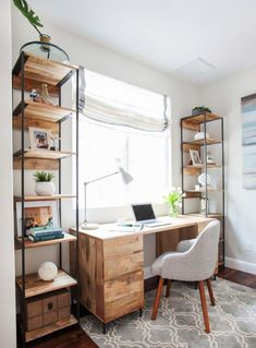 16 Modern Computer Desk for Your Home Office- Annamarie- office decor office design office ideas Office Nook, Guest Room Office, Home Office Space, Home Office Desks, Guest Rooms, Apartment Office, Office Rug, Small Space Office, Office Room Ideas