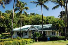 Laden auf der Insel Mustique // Mustique food store ◆St. Vincent und die Grenadinen – Wikipedia http://de.wikipedia.org/wiki/St._Vincent_und_die_Grenadinen #Saint_Vincent_and_the_Grenadines