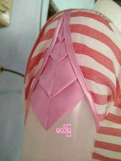 Origami dress pattern fashion design 29 ideas for 2019 Churidar Neck Designs, Saree Blouse Neck Designs, Dress Neck Designs, Fancy Blouse Designs, Sleeve Designs, Blouse Patterns, Chudi Neck Designs, Salwar Designs, Kurti Sleeves Design