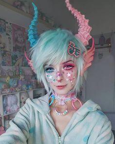 """Kawaii make-up Elfgutz inspiration pastel pink hair/ pastel blue hair"""" blood skull hand Pastel Goth Fashion, Kawaii Fashion, Pastel Goth Makeup, Pastel Nails, Pastel Goth Hair, Lolita Makeup, Lolita Hair, Pastel Pink, Pink Hair"""