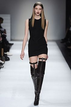 2014-fall-look-thigh-high-boots (2) Black thigh boots with thigh suspender straps and black minidress fashion outfit