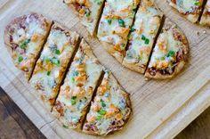 Buffalo Chicken Flatbread Pizza http://www.recipes-fitness.com/buffalo-chicken-flatbread-pizza/