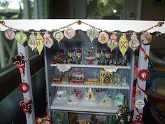 Kendra's Minis: Vintage Market Stall - Ornament Garland