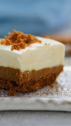 If you love Biscoff, you'll love these Milk and Cookies bars! dairy Biscoff Milk and Cookie Bars Biscoff Recipes, Cheesecake Recipes, Cookie Recipes, Dessert Recipes, Baking Recipes Uk, Cookie Ideas, Brownie Recipes, Just Desserts, Delicious Desserts