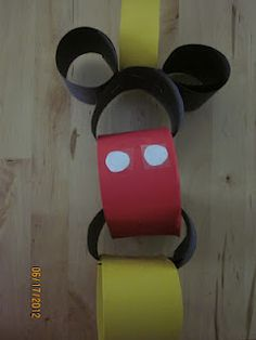 Mickey Mouse Disney Countdown... baby Jonathan will need this for when his grandparents take him to Disneyworld lol
