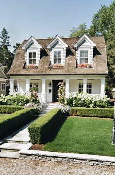 Rustic Cottage House Exterior Design Ideas To Copy – House Design Home Design Decor, Dream Home Design, My Dream Home, Design Ideas, Cottage Design, Dream House Exterior, Bungalow Exterior, House Exteriors, House Exterior Design