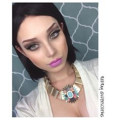 Lupes Cuevas wearing Roulette on her eyes and Brills Stix & Wifey Pencil #repost