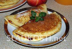 Jogurtové placky s jablky a pudinkem Pancakes, Breakfast, Morning Coffee, Crepes, Pancake, Morning Breakfast