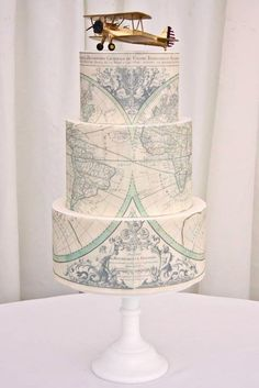 30 Most Amazing Wedding Cakes Pictures & Designs ❤ See more: http://www.weddingforward.com/wedding-cakes-pictures/ #wedding #cakes #pictures