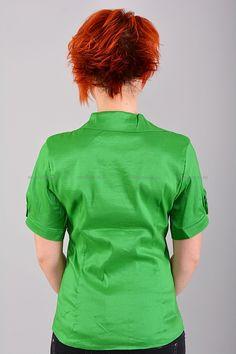 Рубашка Б7696  Цена: 238 руб  Размеры: 46-52    Элегантная рубашка приталенного кроя с воротником.  Модель с застежкой на пуговицы.   (маломерит на размер)  Состав: 65 % полиэстер, 35 % хлопок.     http://odezhda-m.ru/products/rubashka-b7696     #одежда #женщинам #блузкирубашки #одеждамаркет