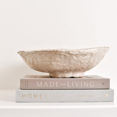 Paper Mache Bowls, Paper Bowls, Making Paper Mache, Paper Mache Diy, Up Book, Boho Diy, Diy Clay, Diy Home Improvement, Diy Paper