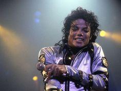 What were Michael Jackson's favourite colours?