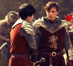 Me and my brother Edmund preparing for battle against the Telmarine-Calormen Alliance Invasion Force. May the Lion holds us in His paws. For Narnia! Narnia Movies, Narnia 3, Edmund Narnia, Skandar Keynes, Star Rain, Edmund Pevensie, William Moseley, Prince Caspian, The Avengers