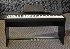 Privia PX-150, 88 Keys/ 3 Sensors per Key, Tri-sensor Scaled Hammer Action, Keyboard, 4 Layer Stereo Piano, Ebony and Ivory Feel Keys, Hammer Response, Damper Resonance Simulator, Touch Sensitivity, 128 Note Polyphony, 18 Tones Duet Mode Layer & Split Keyboard Functions Reverb & Chorus Effects, 60 Preset Songs/ 10 User Songs, Metronome, 2 Track, 1 Song Recorder, 3 Pedals