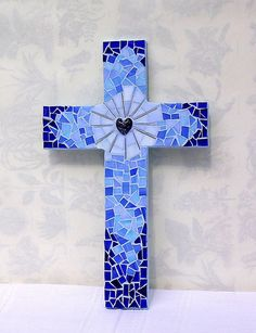 Self cut from MDF board, stained glass and glass beads. Mosaic Crafts, Mosaic Projects, Mosaic Art, Mosaic Glass, Mosaic Tiles, Stained Glass, Easy Mosaic, Blue Mosaic, Fused Glass