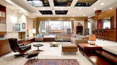 If there is something that transports us directly to the world of Mad Men it is its award winning set design. I can't believe some of these aren't real places.