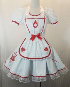VK Freakshow Babydoll guro lolita yume kawaii cute bloody nurse Halloween costume dress plus size Nurse Halloween Costume, Nurse Costume, Costume Dress, Kawaii Fashion, Lolita Fashion, Style Lolita, Gothic Lolita, Looks Kawaii, Mode Kawaii