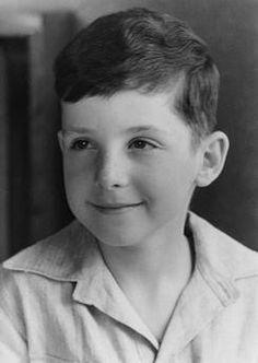 Jüdisches Leben in Berlin: Porträt eines Jungen.  Foto, um 1939 (Abraham Pisarek).