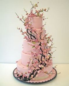 WOW! Look at the #blossoms on this #wedding #cake! I love it!