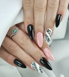 130 fearless combinations with black stiletto nails - page 1 Aycrlic Nails, Oval Nails, Black Stiletto Nails, White Nails, Gel Nagel Design, Best Acrylic Nails, Dream Nails, Nagel Gel, Trendy Nails