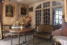 French apartment- Image via Mires Paris