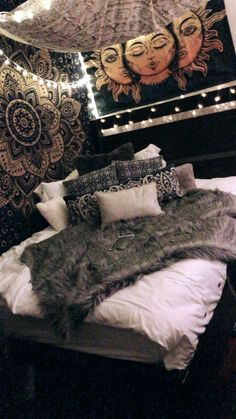 What You Don& Know About Boho Hippy Bedroom Room Ideas Cozy Makes You Chocolate . - What You Don& Know About Boho Hippy Bedroom Room Ideas Cozy Makes You Shock 27 - Bedding Master Bedroom, Room Ideas Bedroom, Bedroom Inspo, Warm Bedroom, Light Bedroom, Bedroom Designs, Bedroom Lighting, Kids Bedroom, Hippy Bedroom