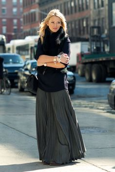 Grey maxi skirt & oversized sweater, add a vest & accessorize..very New York, Definitely something I would wear