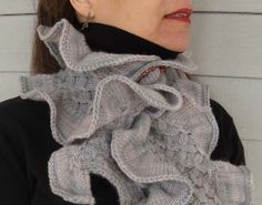 Ninetta neckwarmer on Ravelry $5