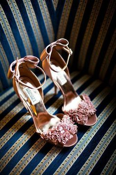 wedding shoes pumps 19 Most Popular Badgley Mischka Wedding Shoes - MODwedding Bow Shoes, Cute Shoes, Me Too Shoes, Shoes Sandals, Pink Sandals, Pretty Shoes, Heeled Sandals, Strap Sandals, Bridal Shoes