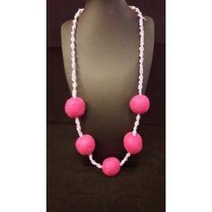 Χειροποίητο Κολιέ μακραμέ με φελτ μπαλίτσες #Necklace #handmade #collection #fashionjewelry #jewelry #macrame #felt