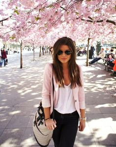 black skinny fits and blazer outfit